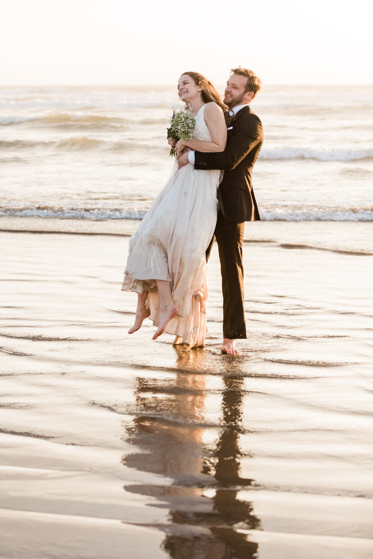 Cannon-Beach-Elopement-Photographer-57