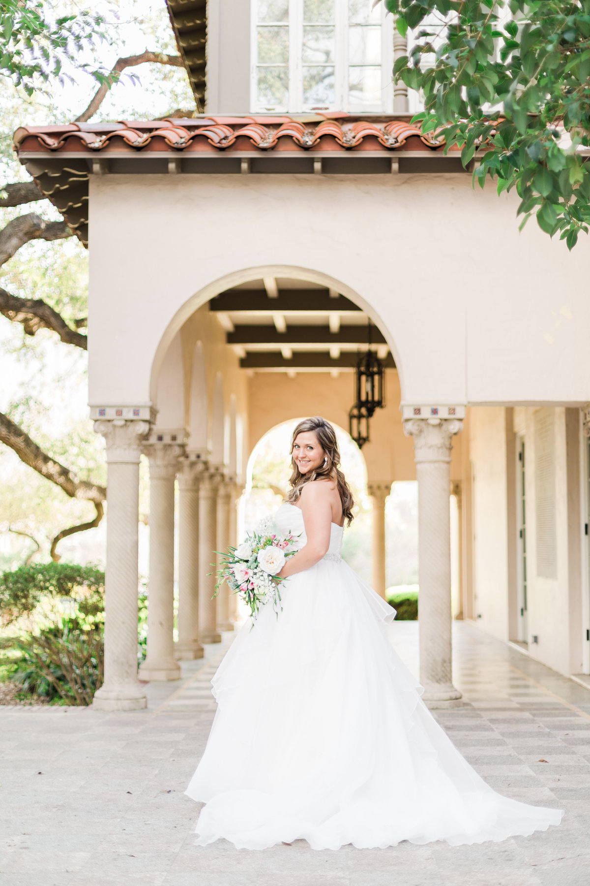 A Bridal Session at Landa Library Wedding Photos by Allison Jeffers Wedding Photography_San Antonio Wedding Photographer_