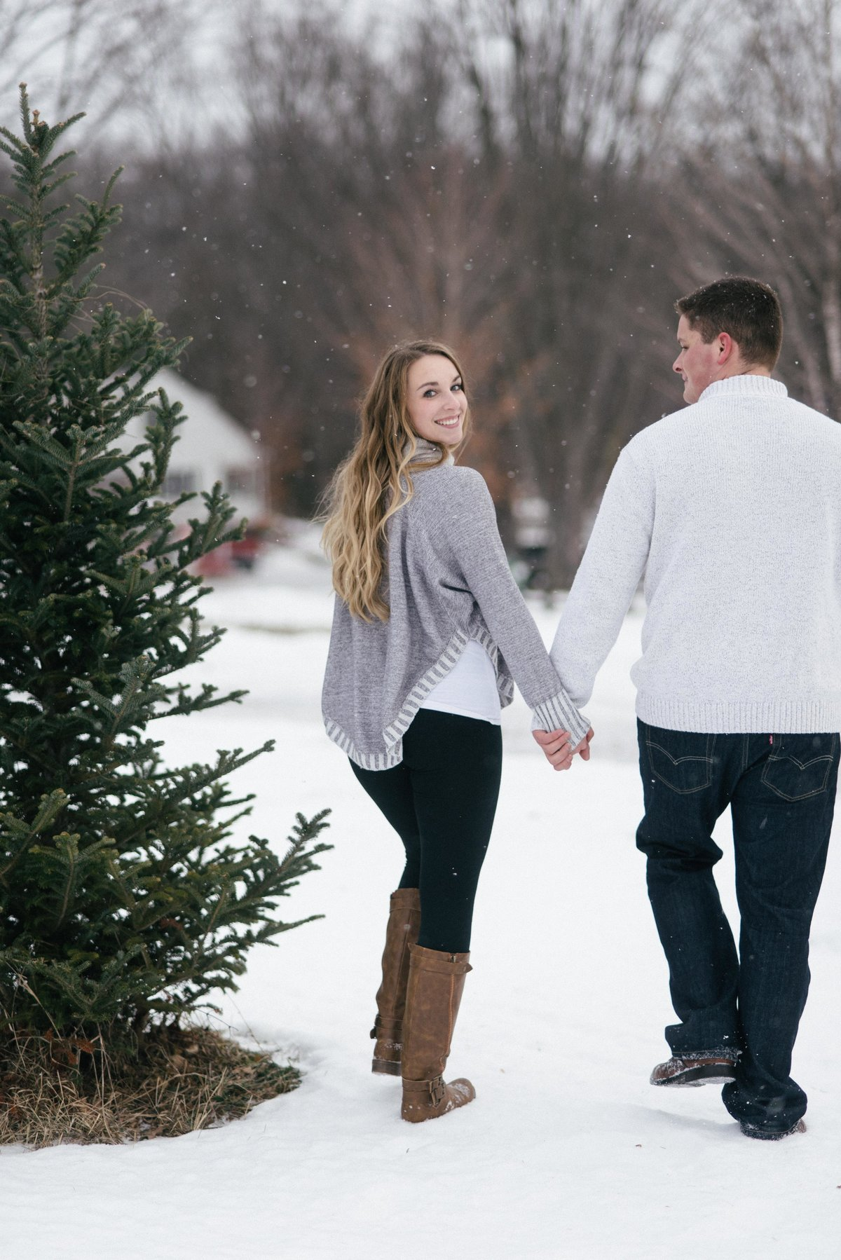 Lexie_Roger_Winter_Engagement_4276