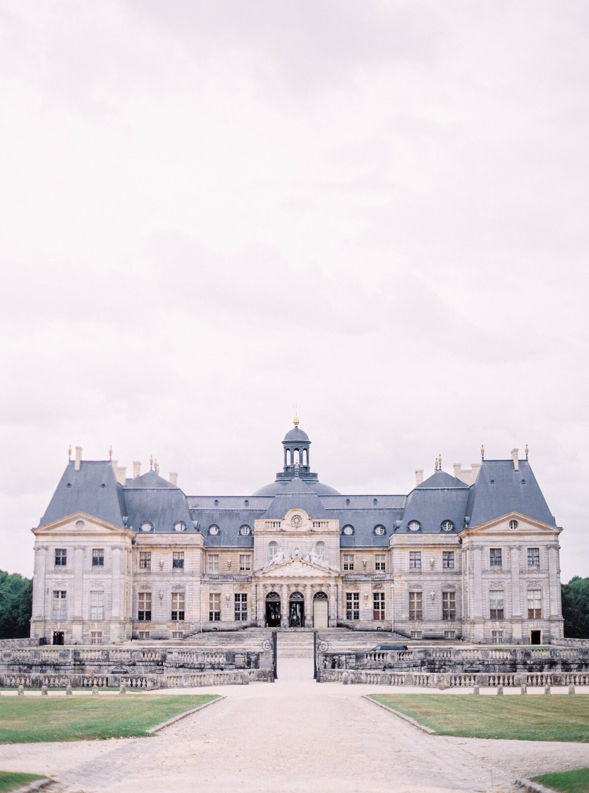 vaux-le-vicomte-luxury-wedding-phototographer-in-paris (34 of 56)