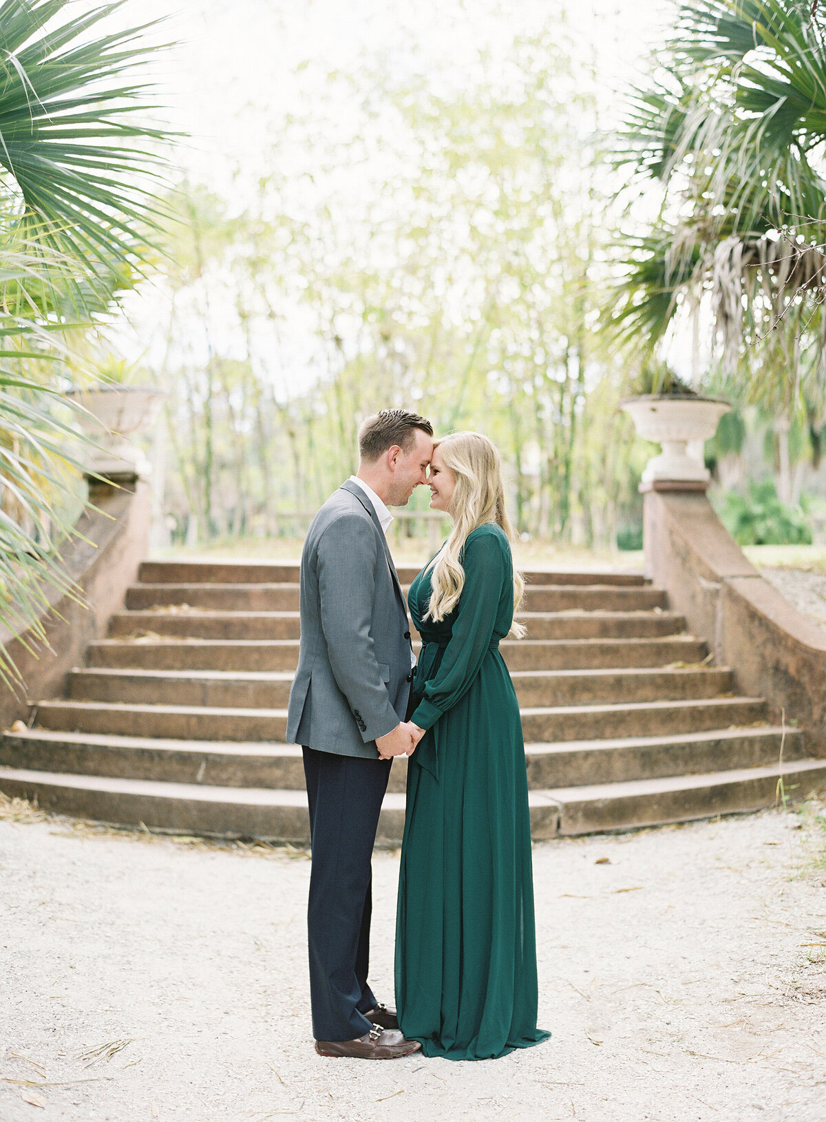 Napl-Florida-Engagement-film-photogrpaher-koreshan-state-park-11