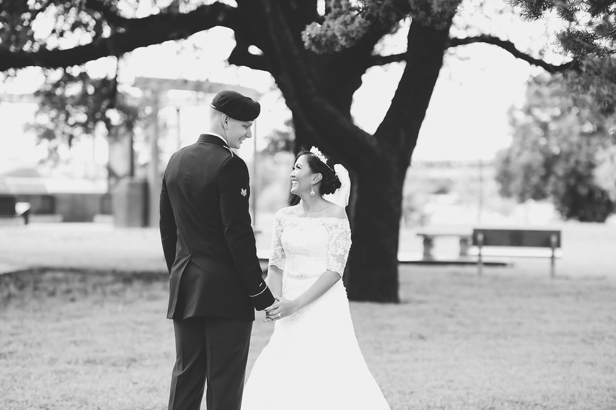 Nicole Woods Photography - Austin Texas Wedding Photographer - Copyright 2016 - 5011