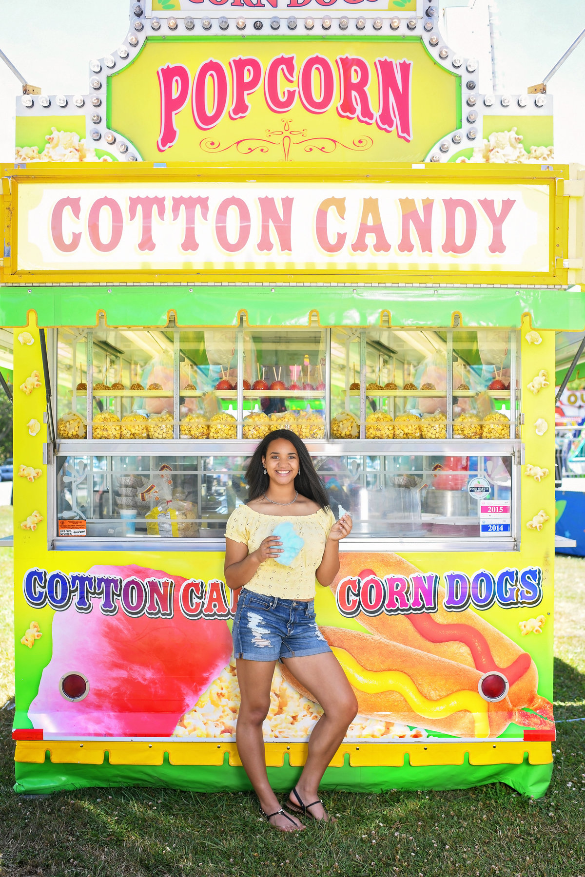 Redway-California-senior-portrait-photographer-Parky's-Pics-Photography-Humboldt-County-Fortuna-Rodeo-cotton-candy-Carnival-4.jpg