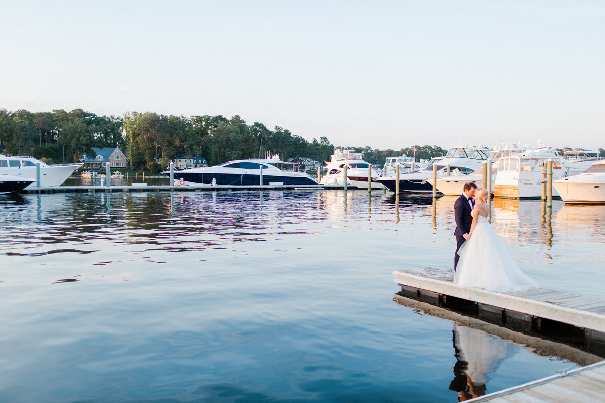 cavalier-yacht-club-wedding-virginia-beach_0063