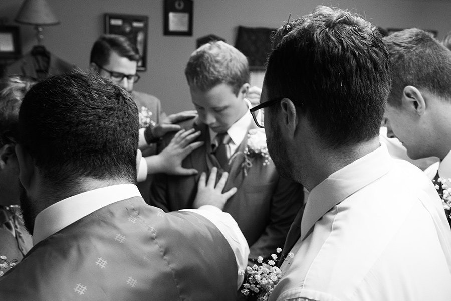 vmstudio_Taylor_Alex_groom_prep_052