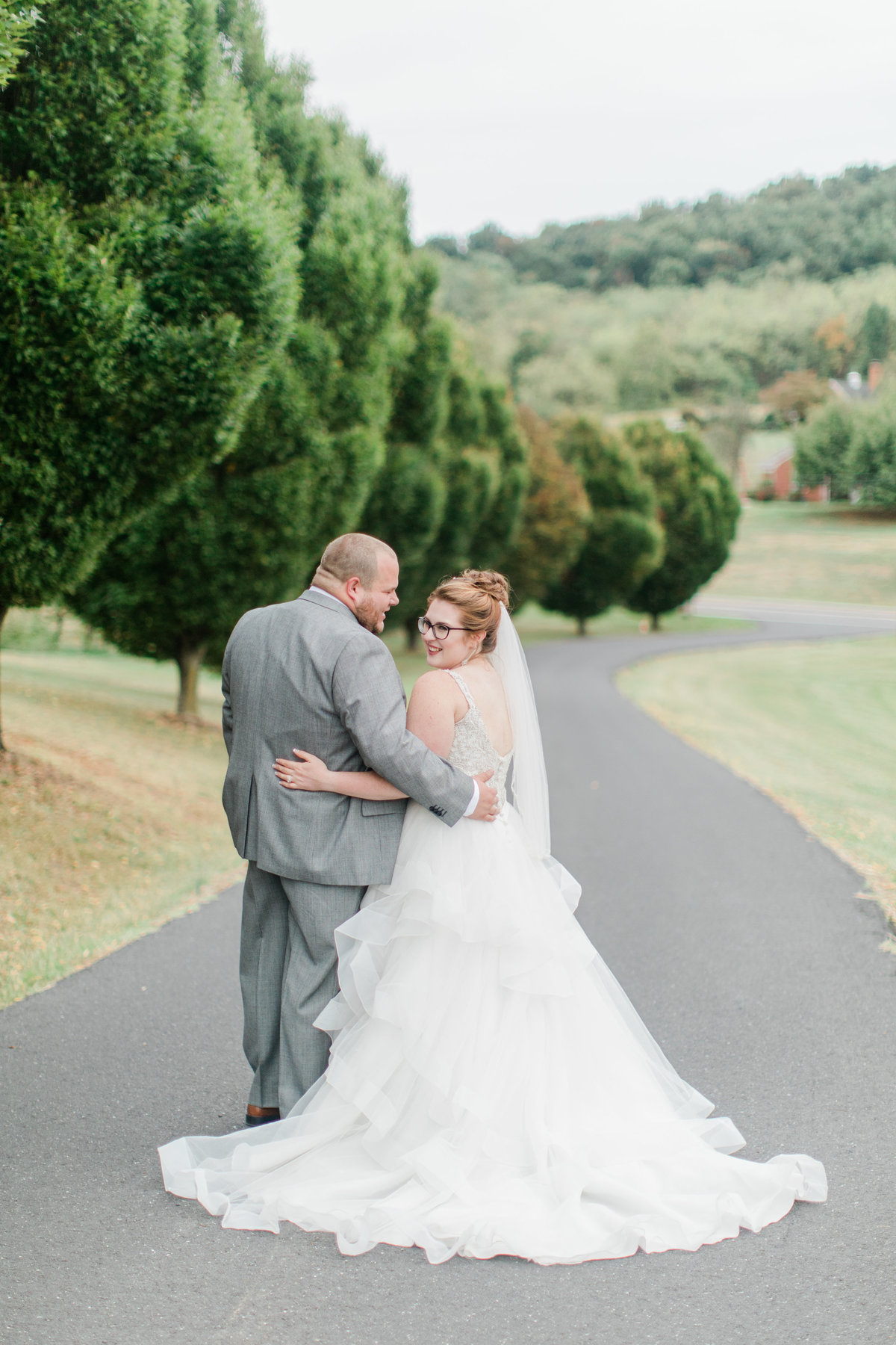 Bluestone_Vineyard_Fall_Wedding_Virginia_DC_Photographer_Angelika_Johns_Photography-4617