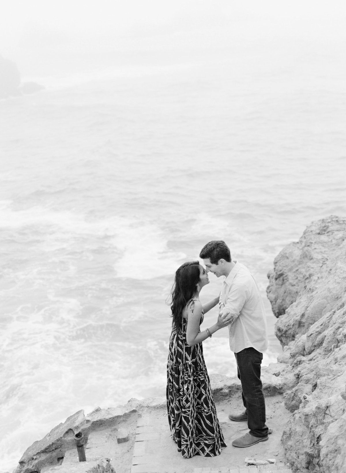 marisaholmes_sutros_baths_engagement_017