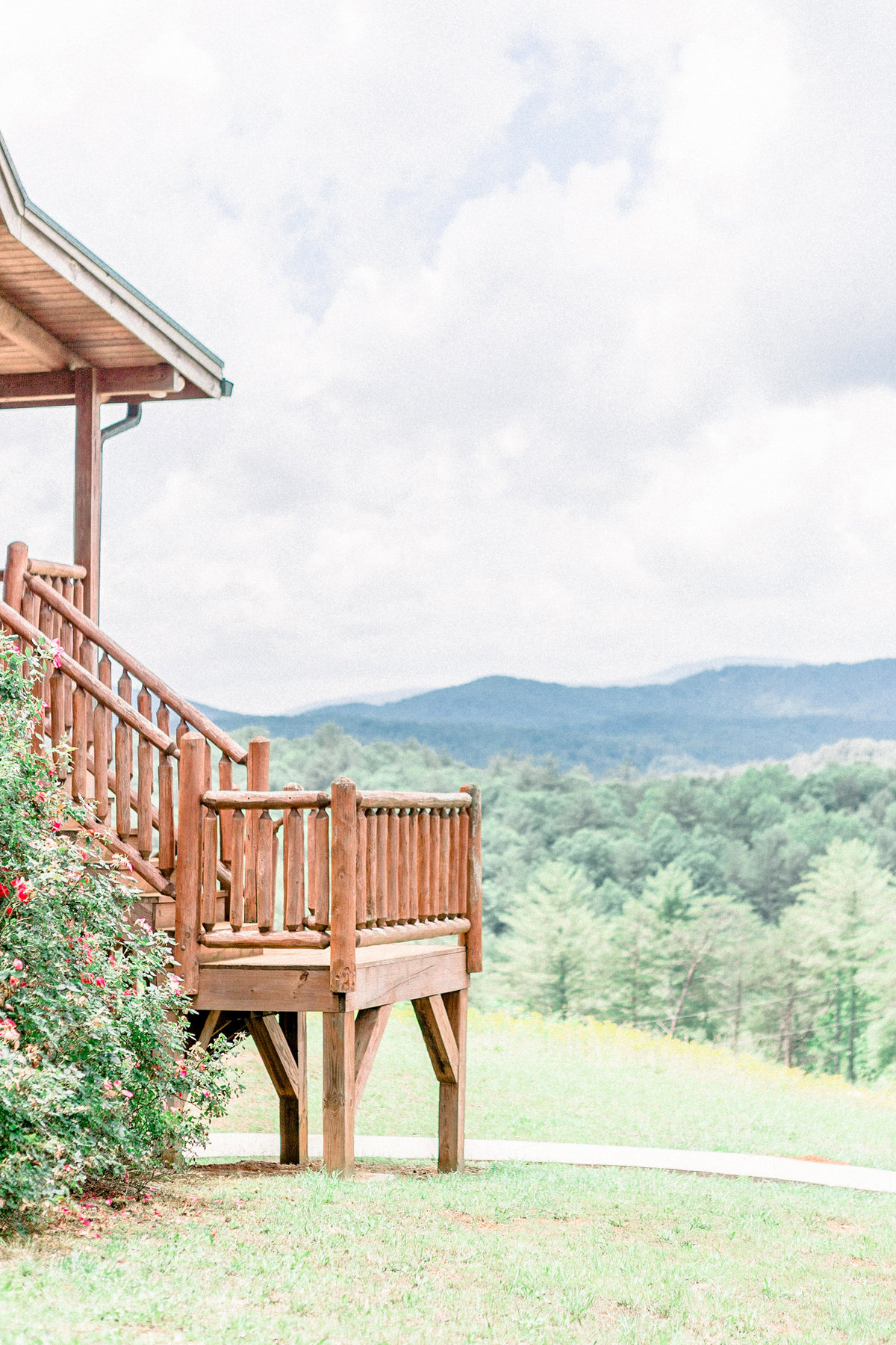 dahlonega-georgia-wedding-mountains-wolf-mountain-winery001