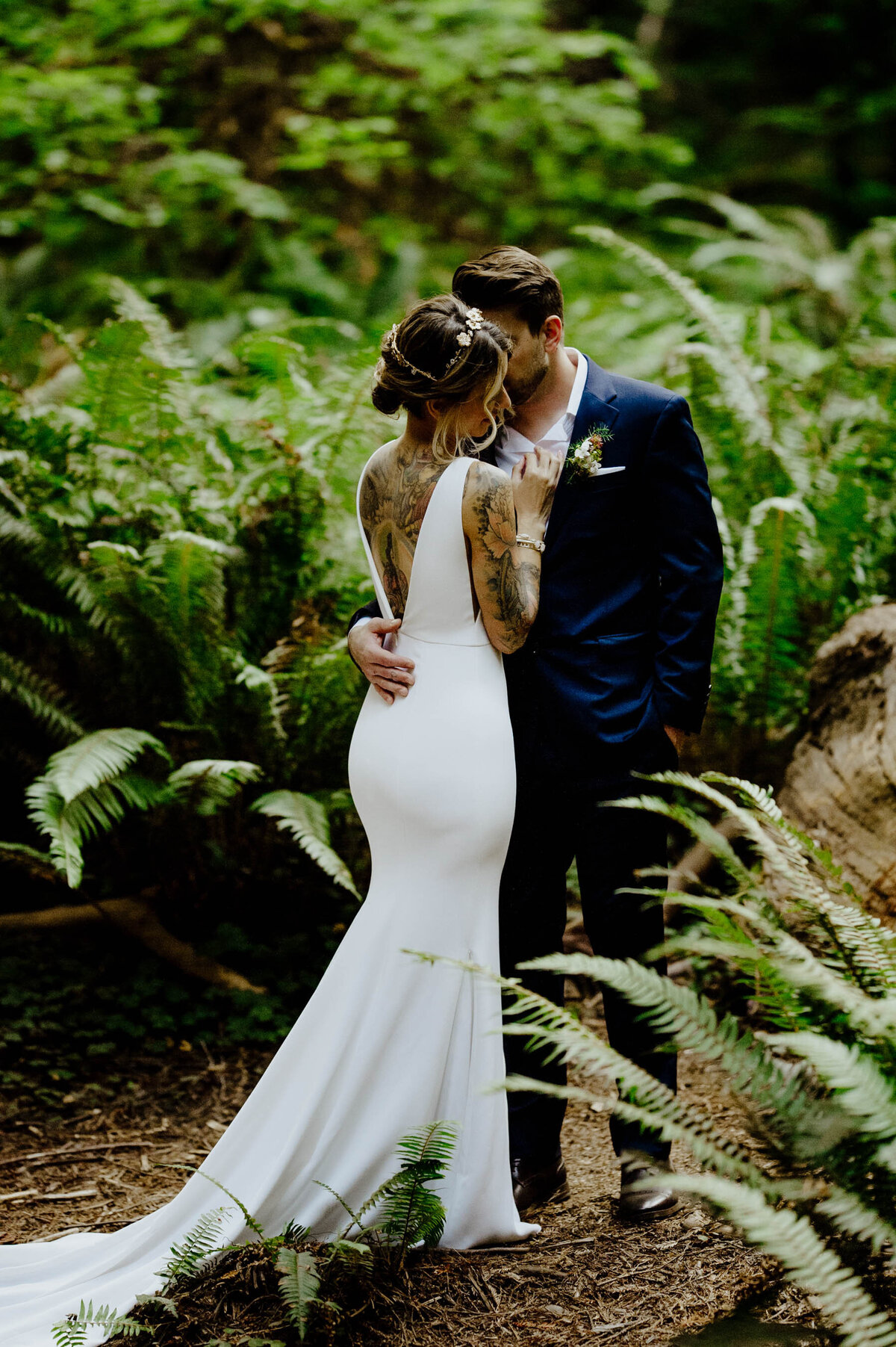 Tattooed bride and groom elope in Redwood National Forest