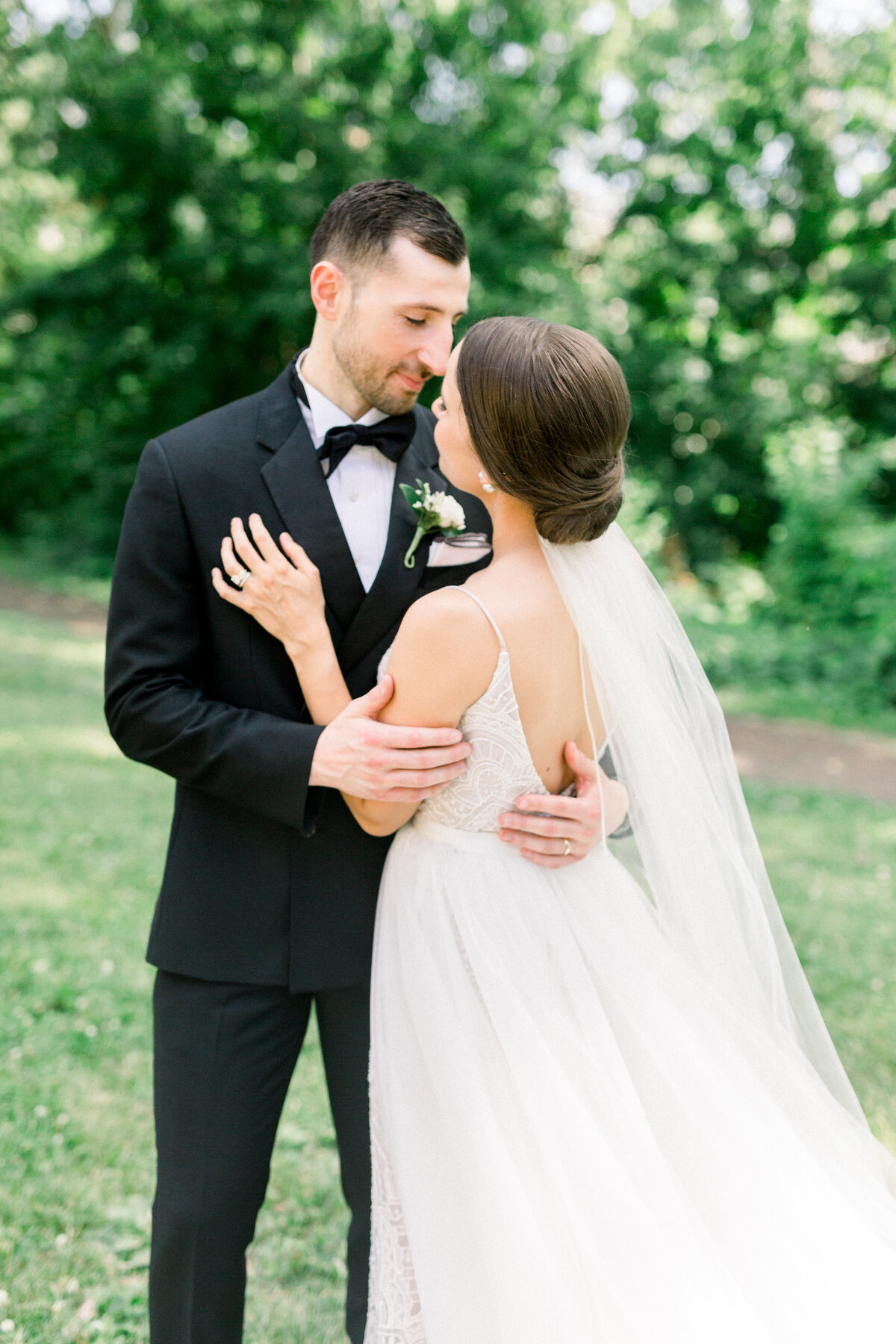 Minnesota wedding photographer, Minneapolis wedding photographer, Minnesota luxury photographer, minnesota light and airy photographer, minnesota light and airy wedding photographer, wedding inspiration