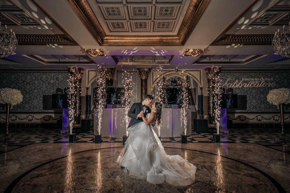 NJ Wedding Photographer Michael Romeo Creations the venetian sparklers
