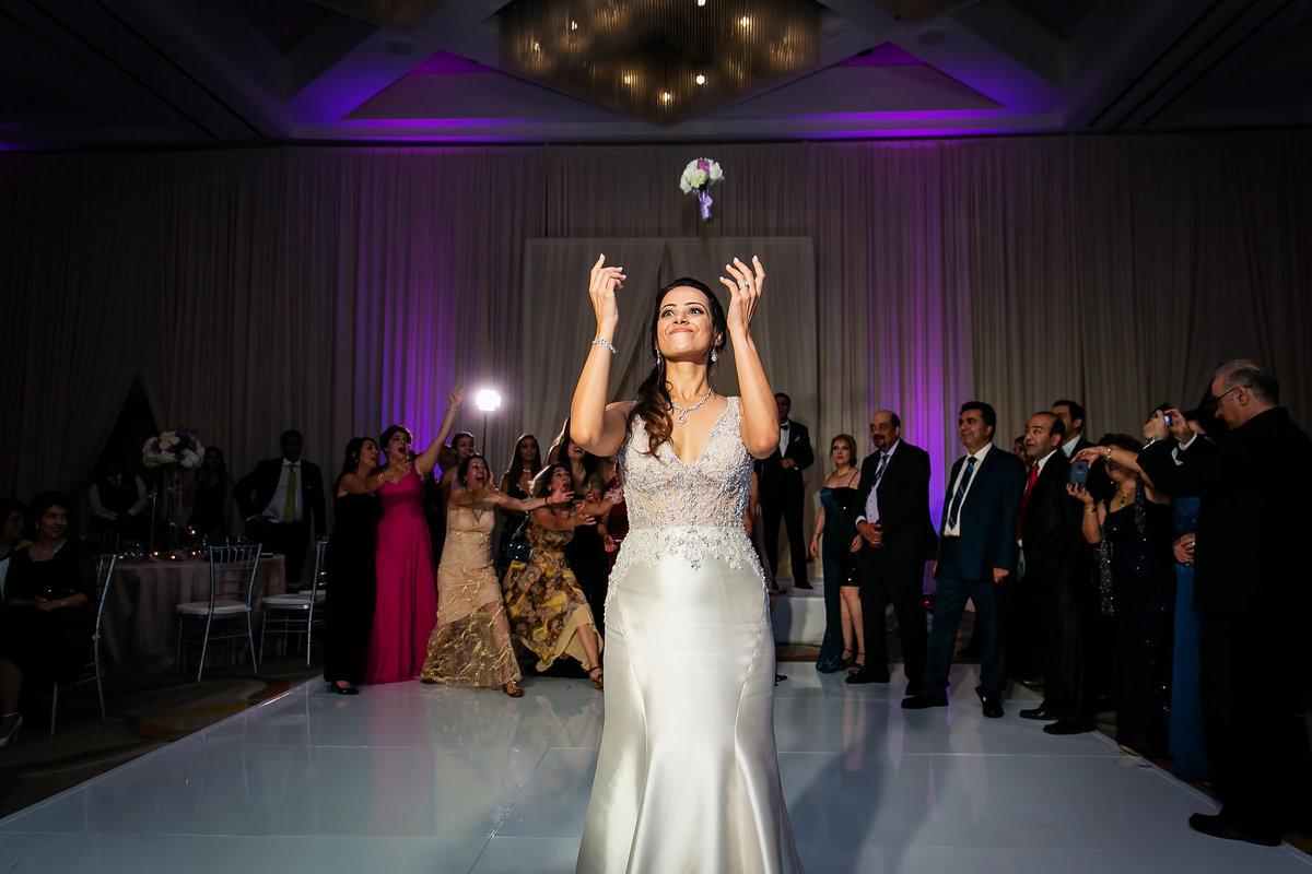 184-hotel-irvine-wedding-photos-sugandha-farzan