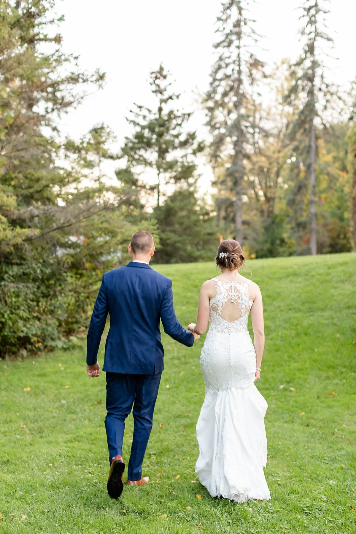 Romantic Windermere Manor Wedding | Dylan and Sandra Photography 133