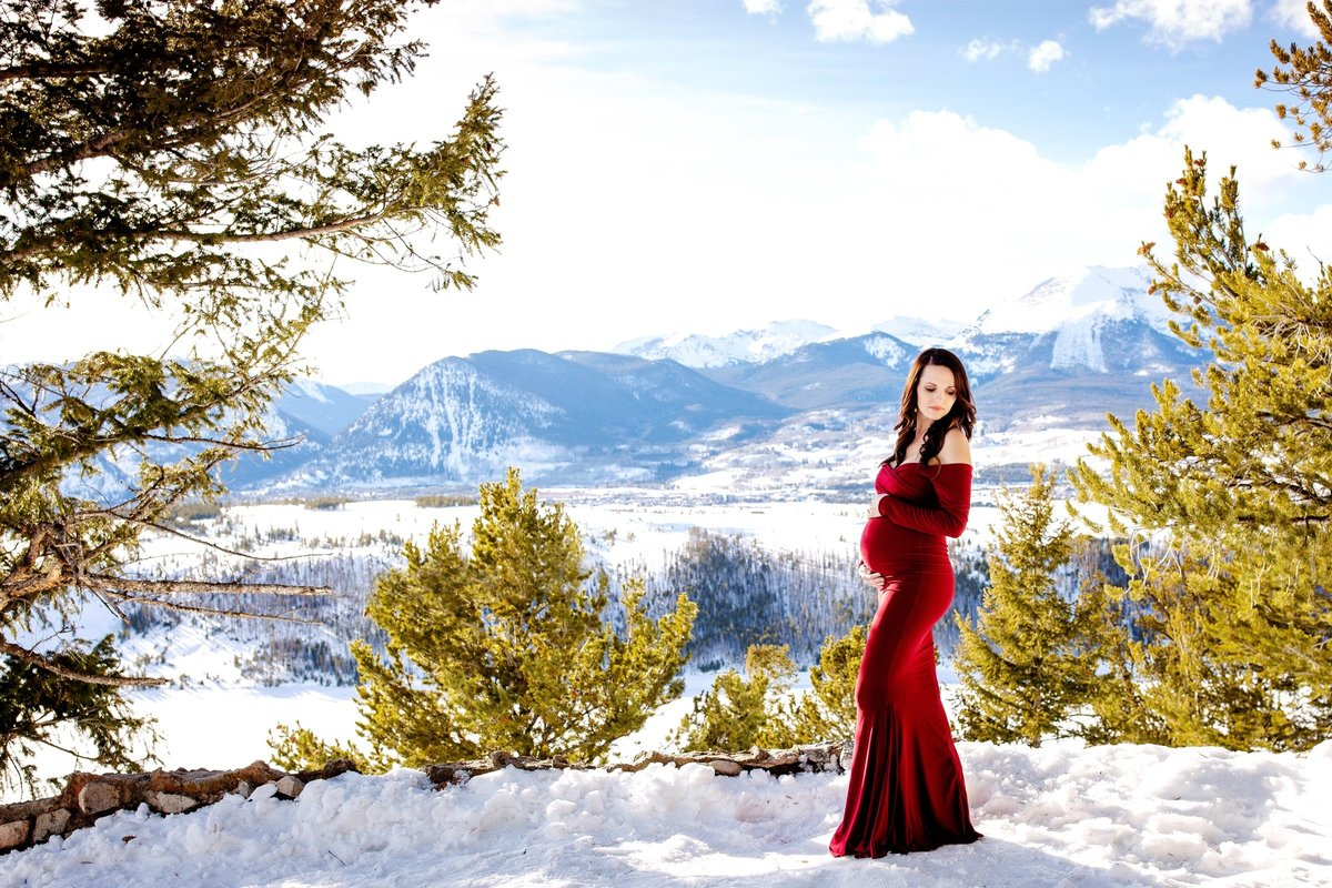 Alisa Messeroff Photography, Alisa Messeroff Photographer, Breckenridge Colorado Photographer, Professional Portrait Photographer, Maternity Photographer, Maternity Photography 1