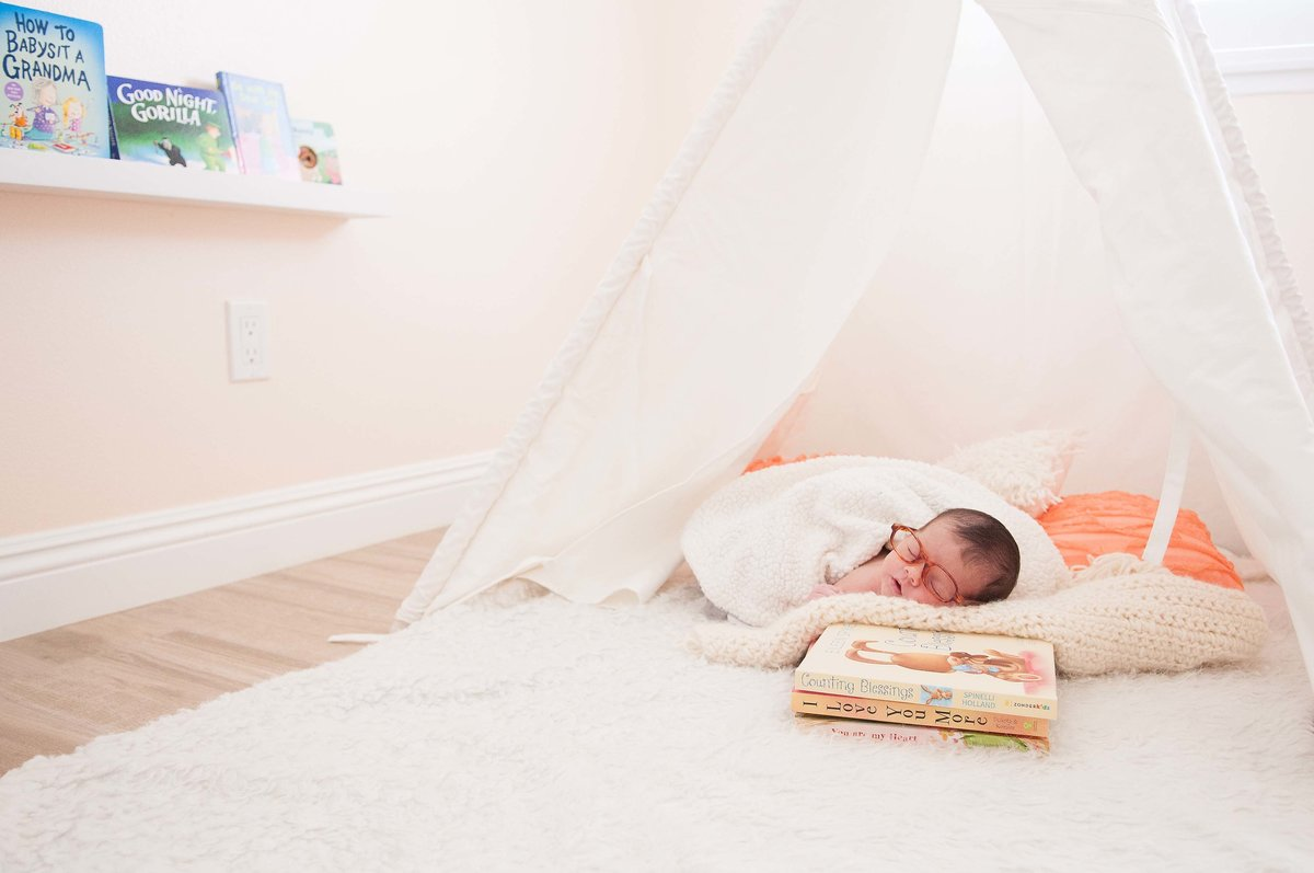 Adorable home Newborn photoshoot | One Shot Beyond Photography