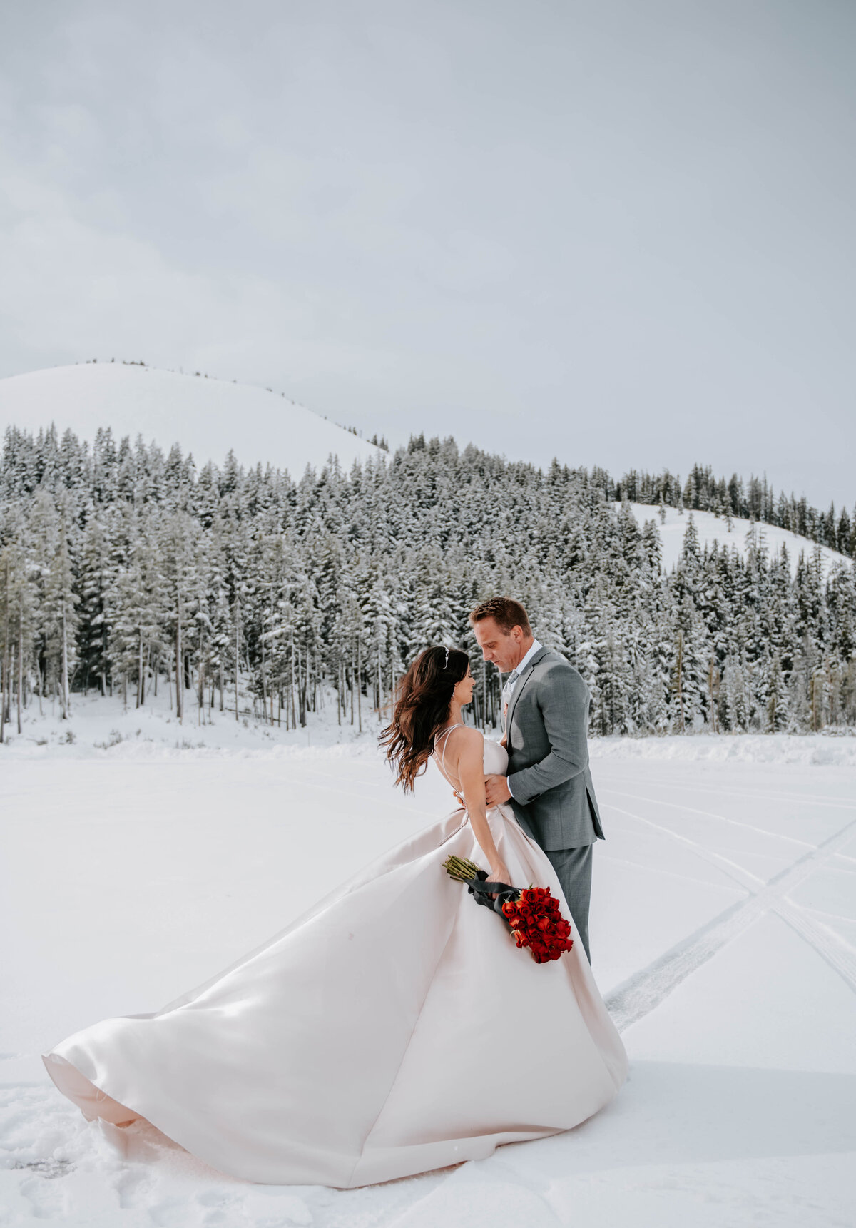 mt-bachelor-snow-winter-elopement-bend-oregon-wedding-photographer-2126
