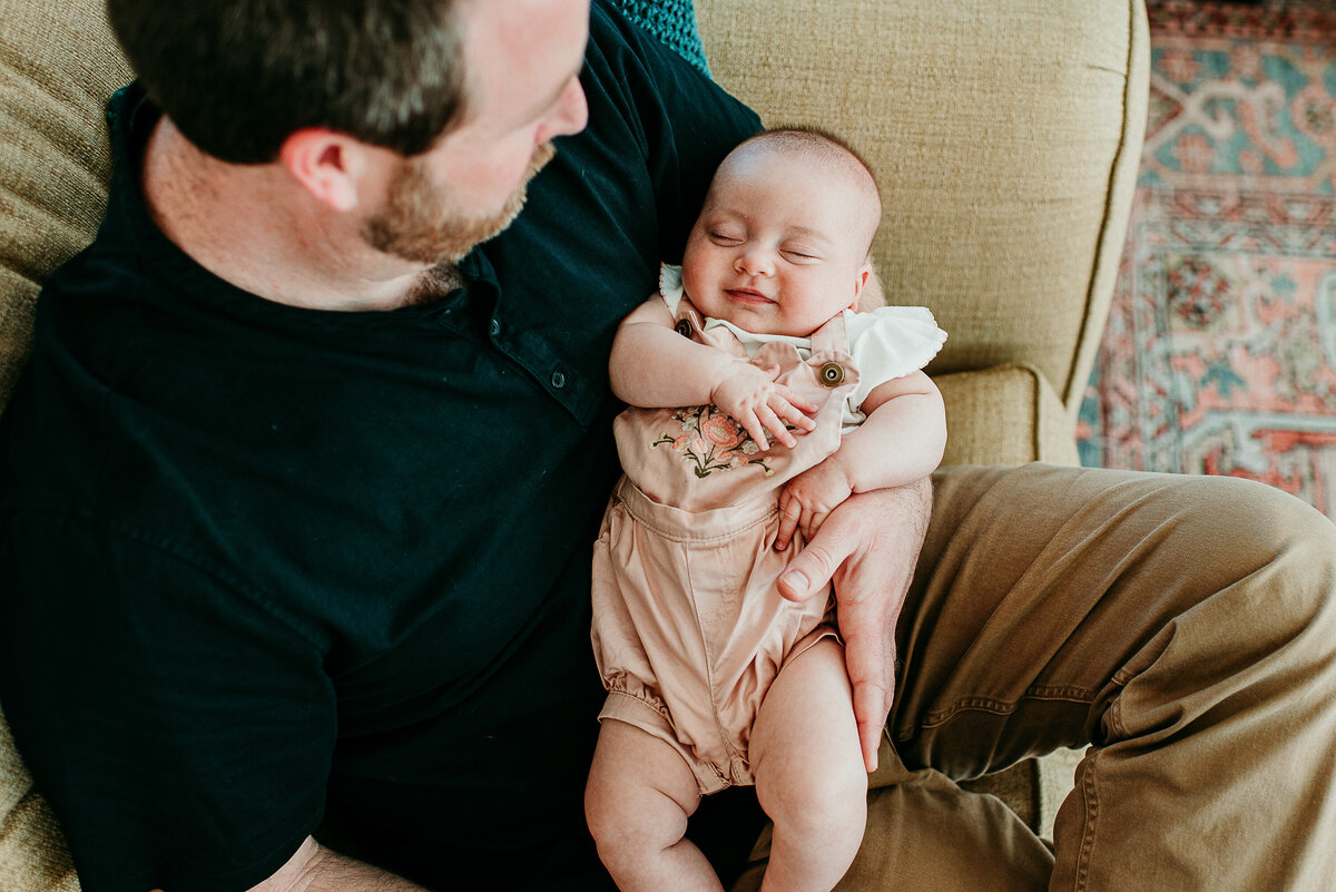 Encinitas in-home Newborn Lifestyle Photographer with Daddy-47