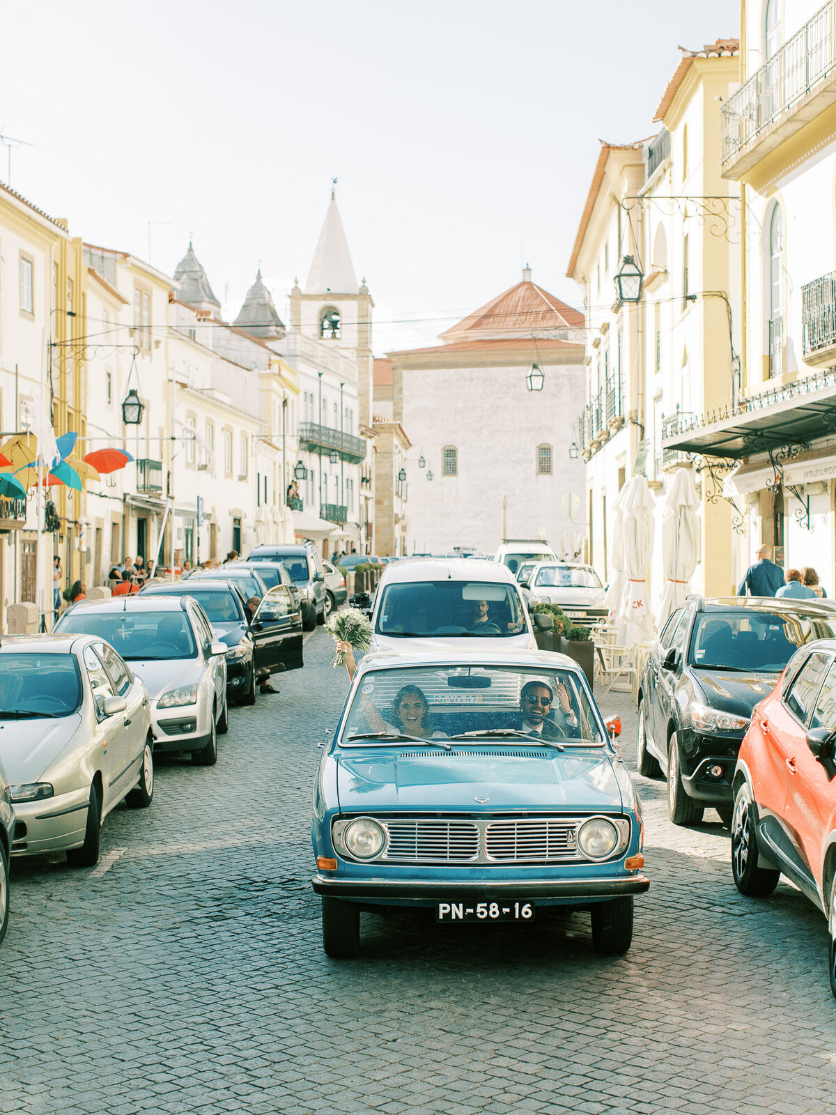 wedding_with_a_vintage_car_in_marvão-20