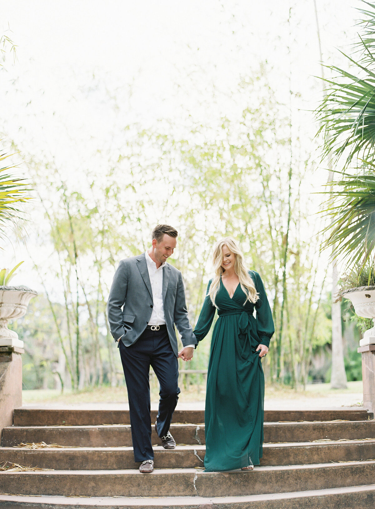 Napl-Florida-Engagement-film-photogrpaher-koreshan-state-park-8
