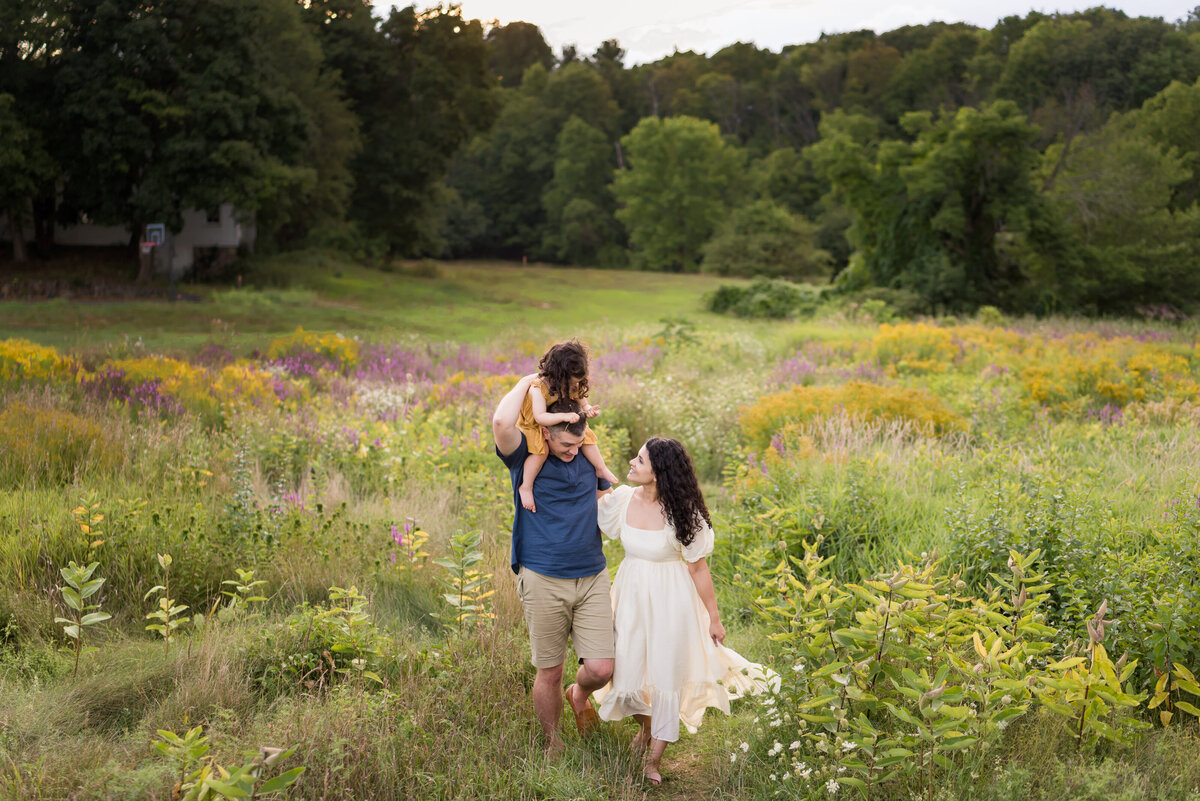 Boston-family-photographer-bella-wang-photography-Lifestyle-session-outdoor-wildflower-89