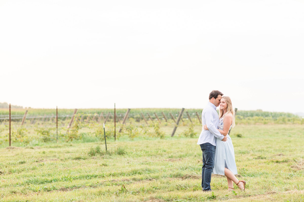 wisconsin-countryside-engagement-Katie-schubert-wisconsin-wedding-photographer-51