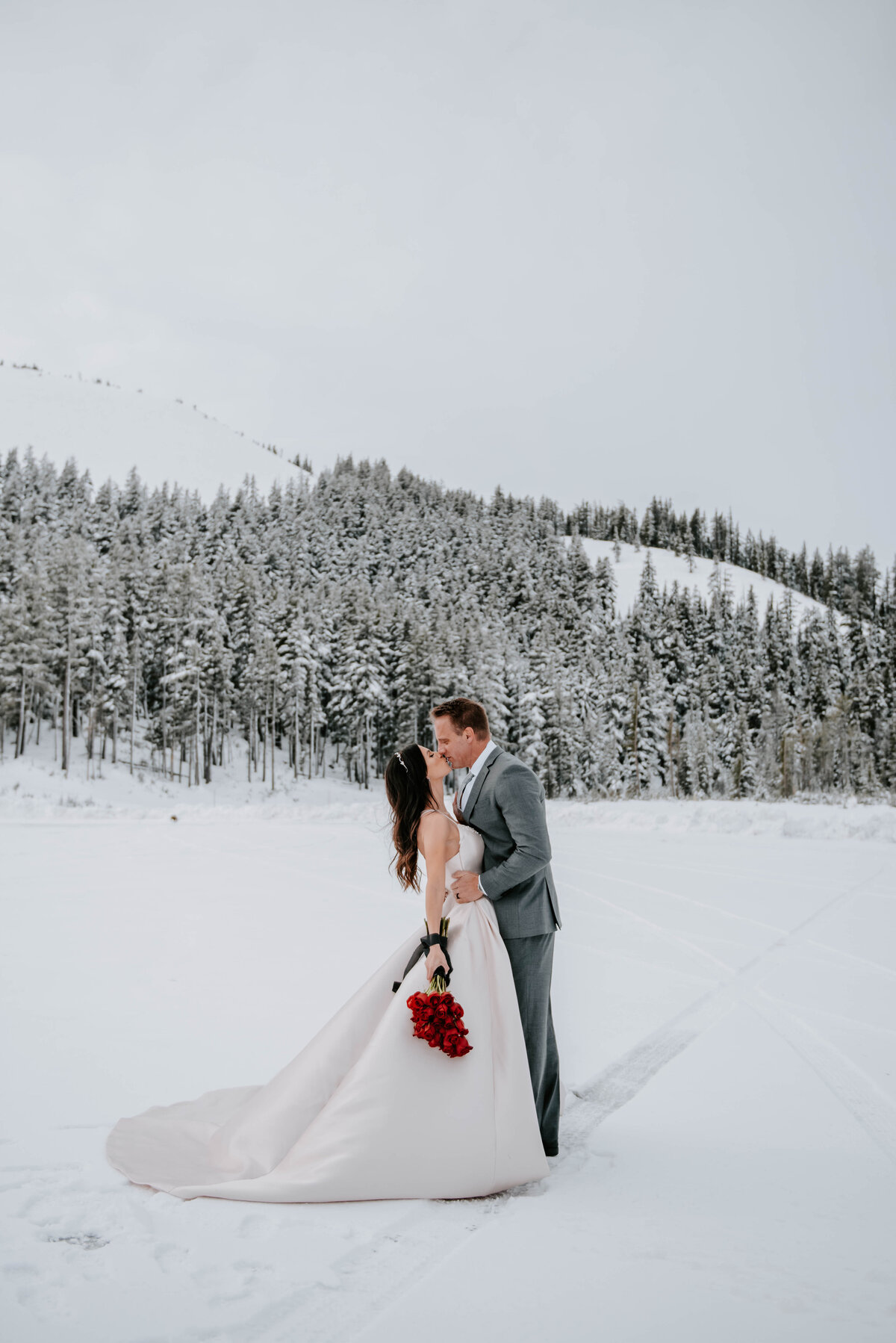 mt-bachelor-snow-winter-elopement-bend-oregon-wedding-photographer-2024