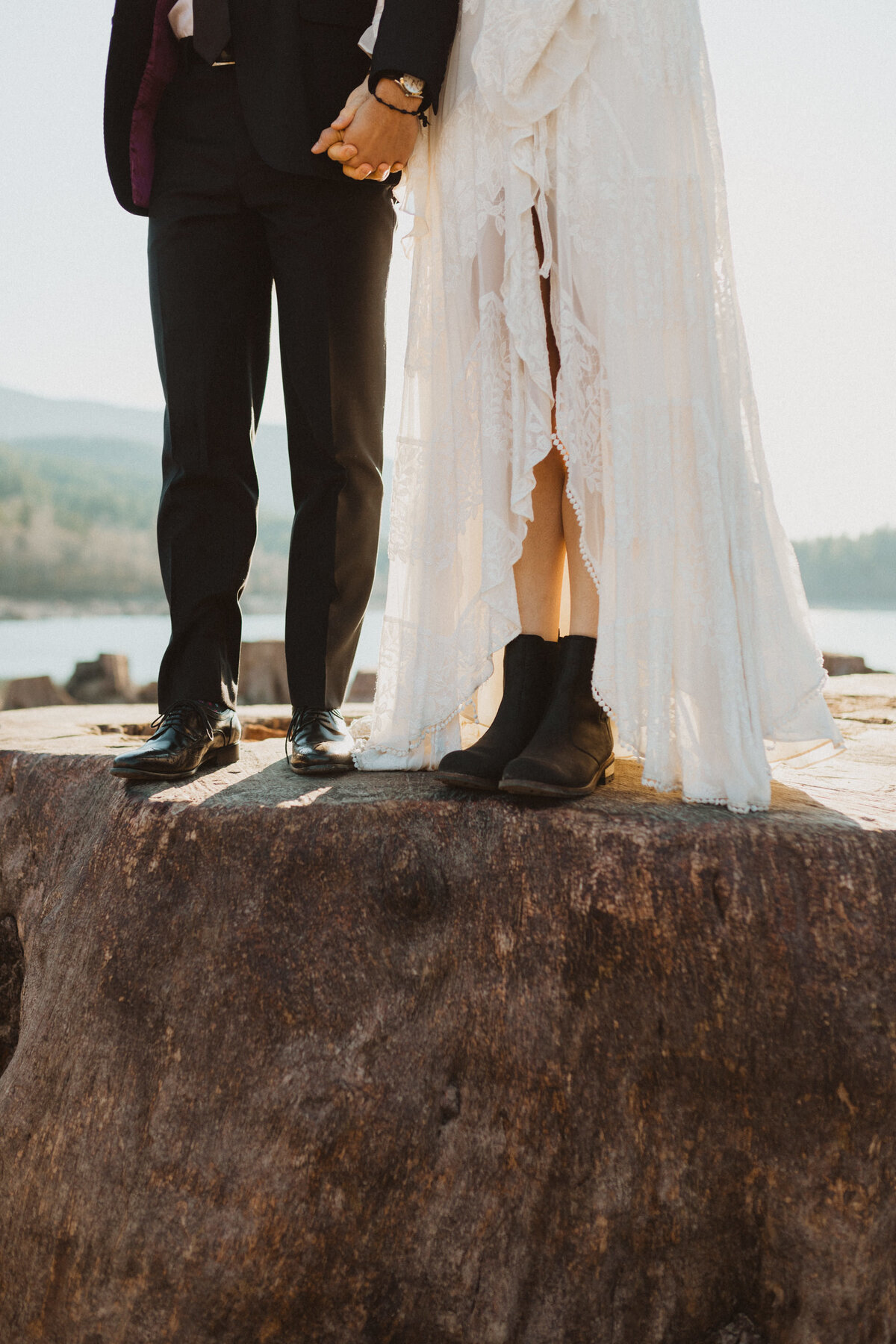 liv_hettinga_photography_seattle_lake_adventure_elopement-6
