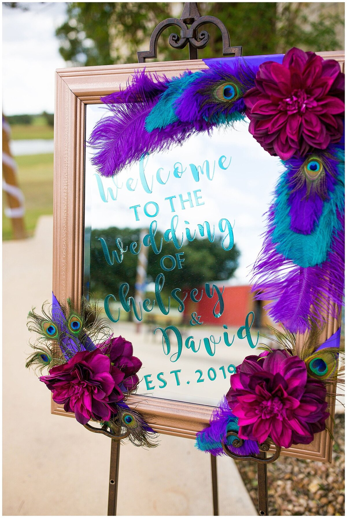 Houston Day of Wedding Coordination for Peacock Inspired Wedding at Emery's Buffalo Creek- J Richter Events_0003
