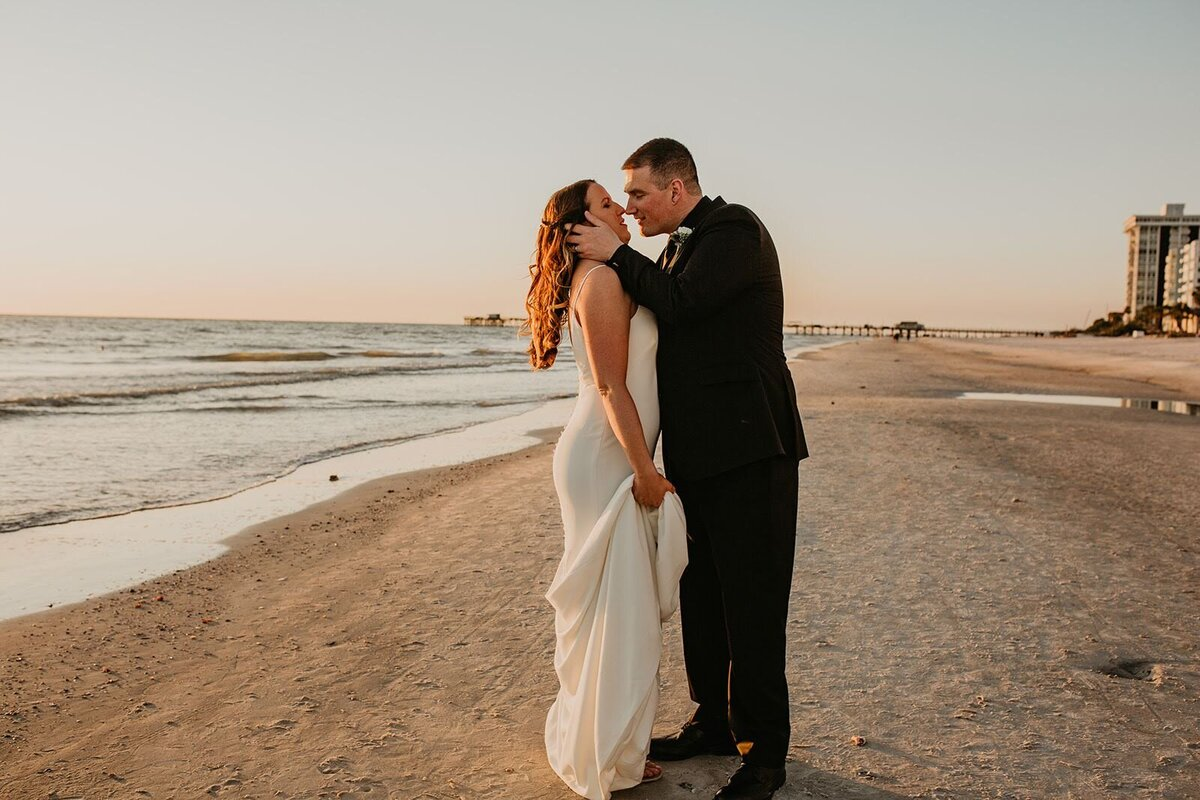 Double Tree North Redington Beach Florida-Wedding-Brittany and Bruce496