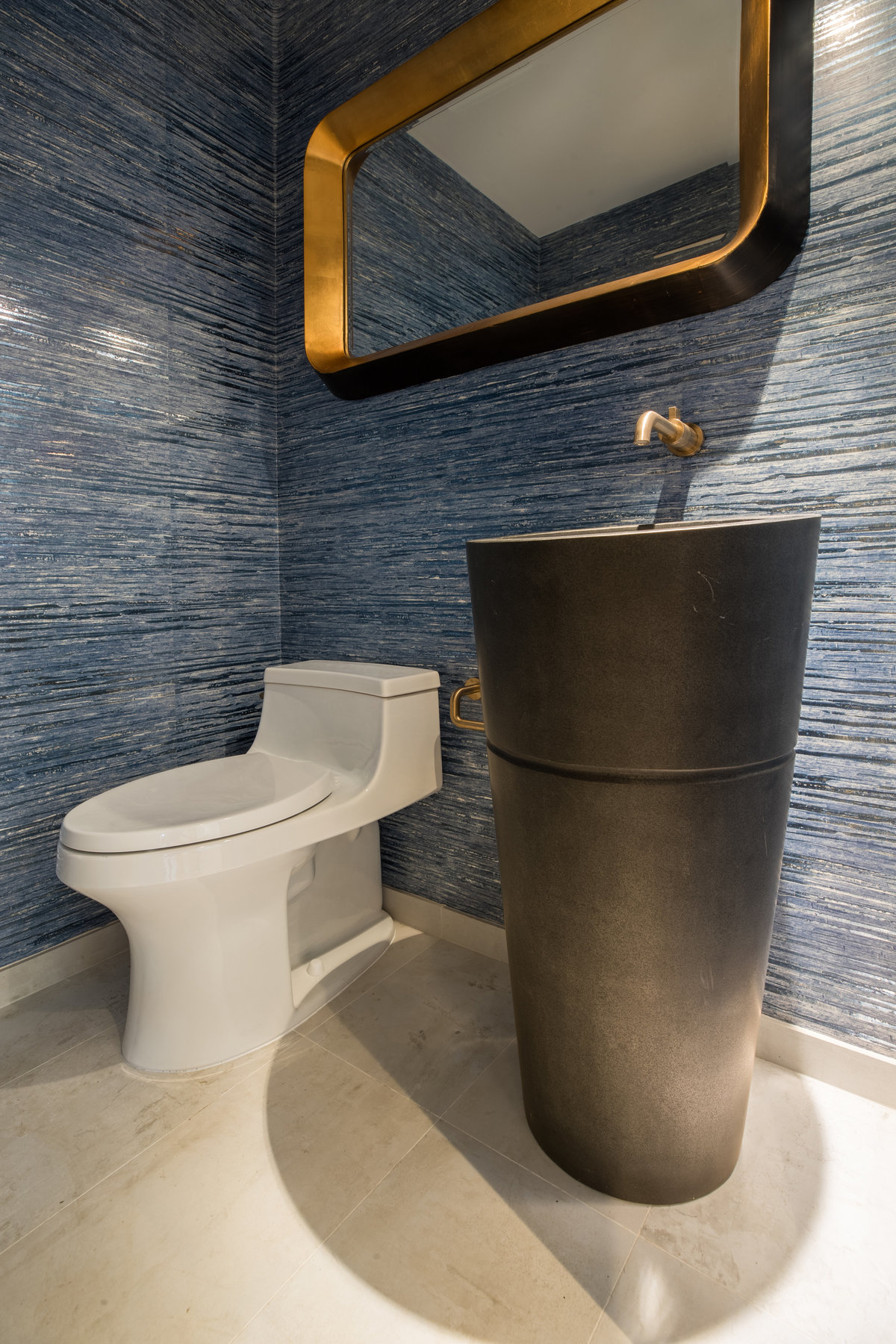 777_potato_patch_interior_powder_room