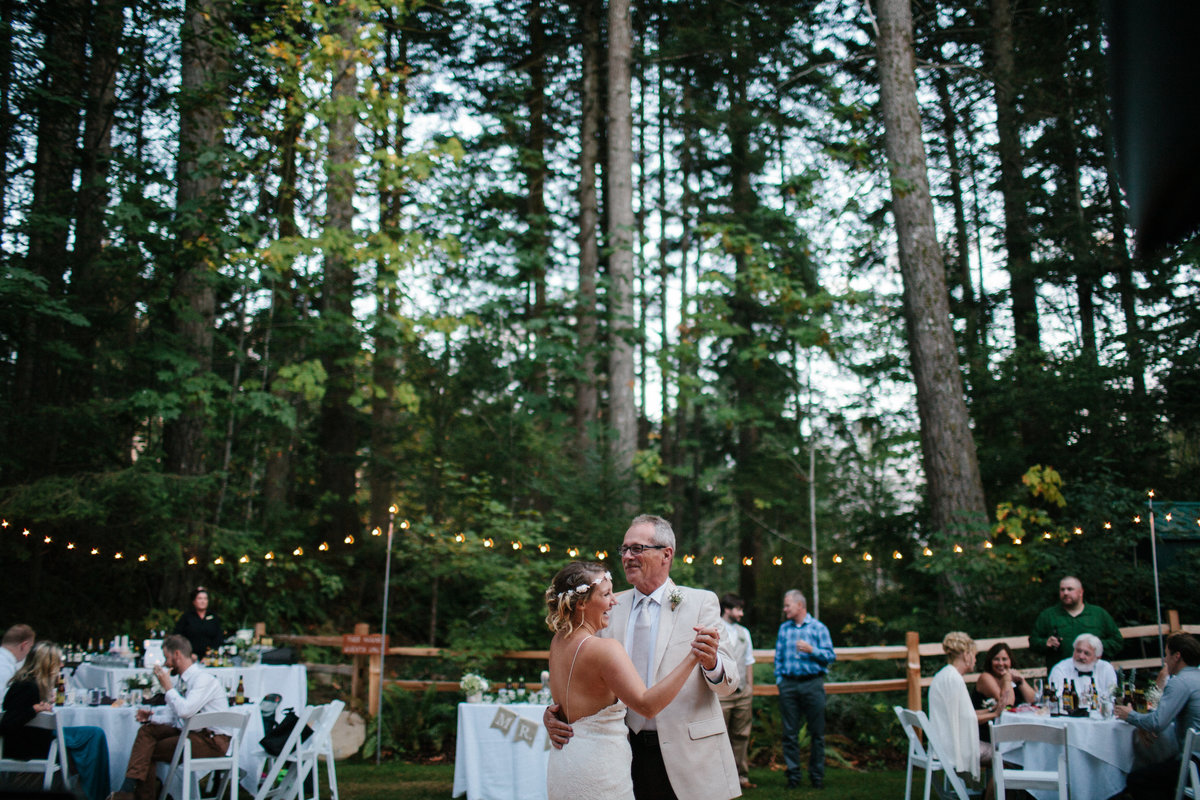 Skamania Lodge wedding by Greenville SC  Wedding Photographer Simply Violet Photography