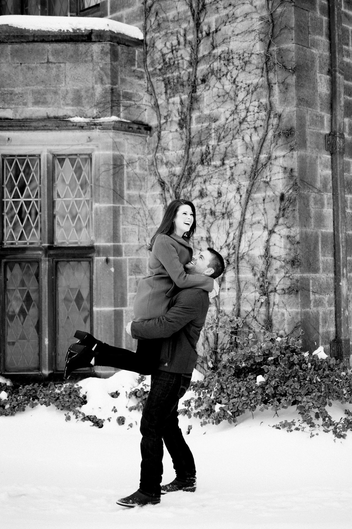 Angela-Blake-Winter-Engagement-Edsel-Eleanor-Ford-House-Breanne-Rochelle-Photography20