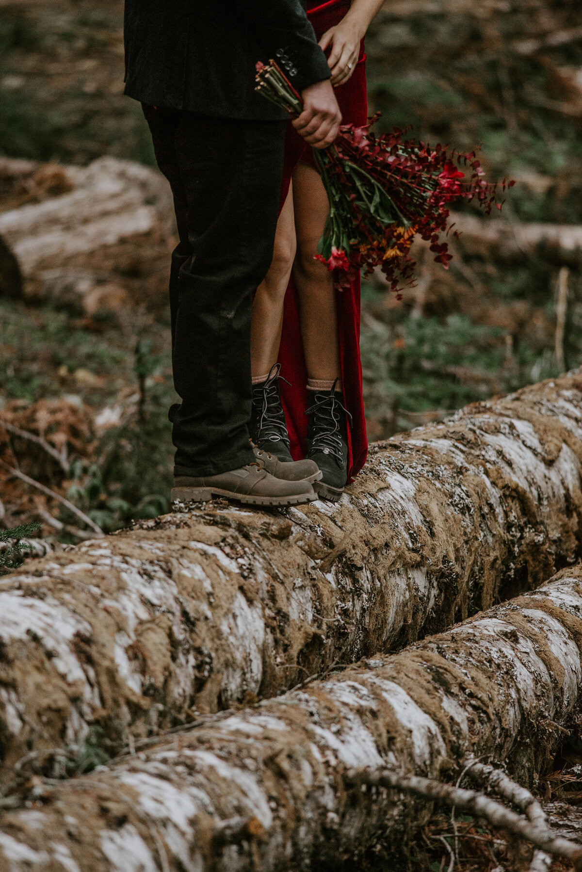 mount-hood-mountain-cabin-woods-elopement-forest-oregon-pnw-wedding-photographer0493