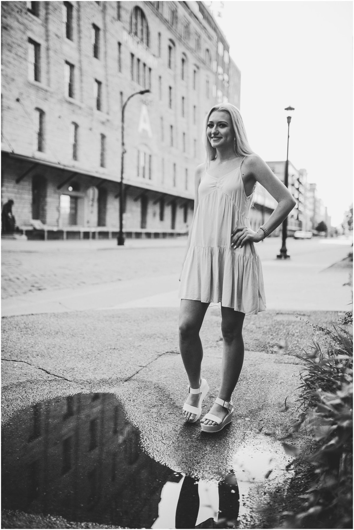 academy-holy-angels-minneapolis-modern-stylish-senior-pictures_0009