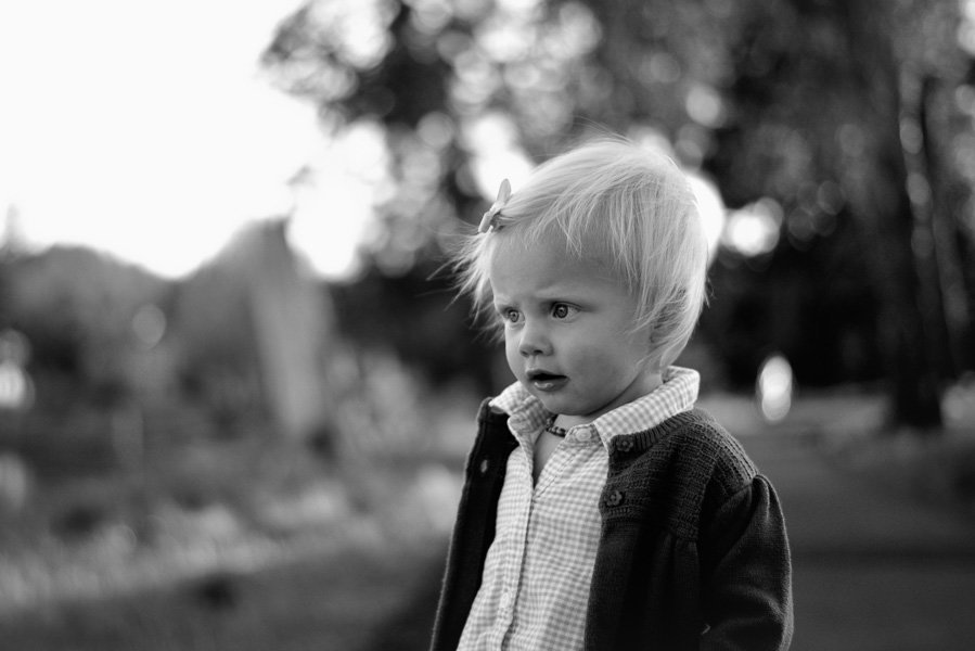 candid child photography portrait