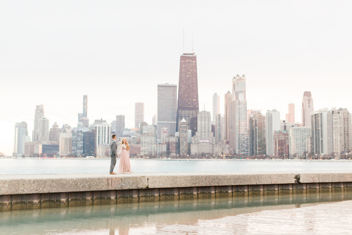 lindsey-taylor-photography-north-avenue-beach-chicago-engagement-photographer20