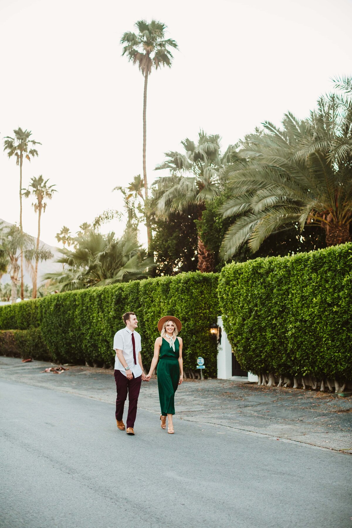 couple-downtown-palm-springs-street