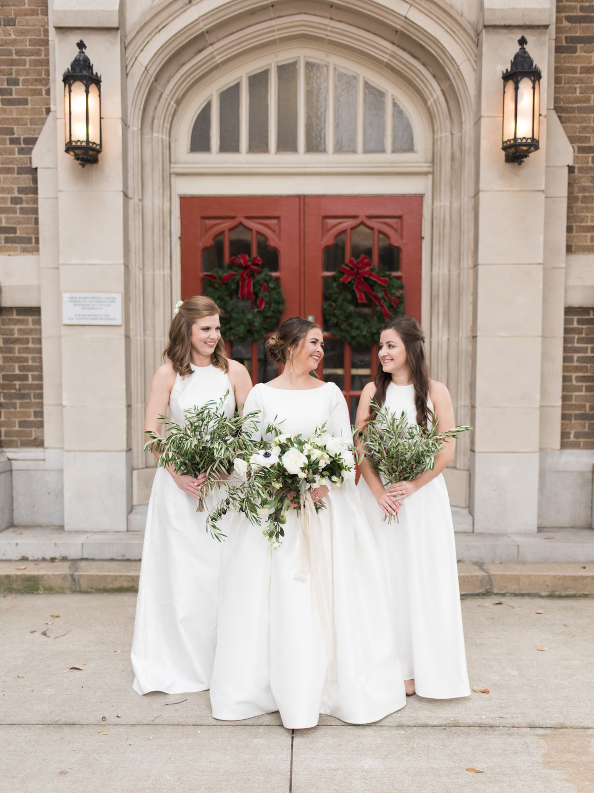 Courtney Hanson Photography - Festive Holiday Wedding in Dallas at Hickory Street Annex-0050