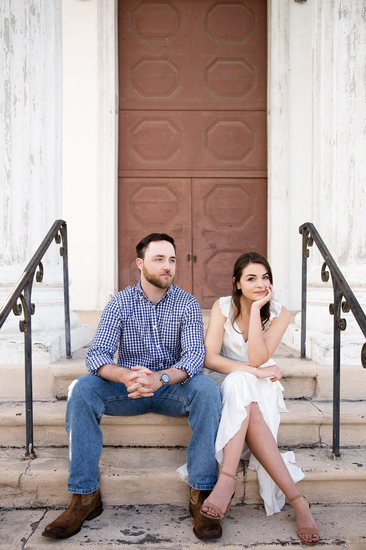 Couple sitting in front of Karpeles Manuscript Library Museum