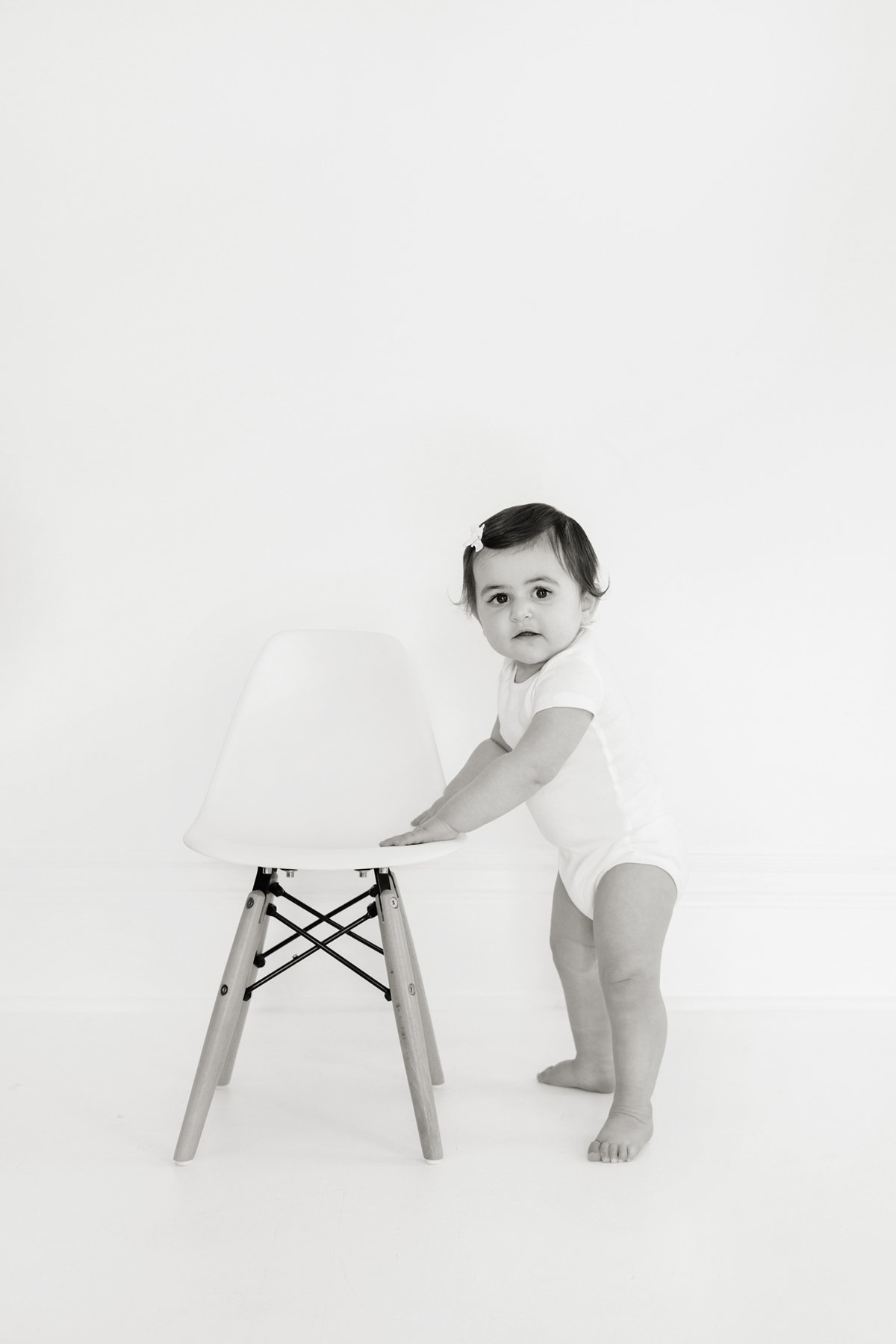 St-Louis-Studio-Child-Photographer-Cake-Smash-1-year-old-Sheth_37