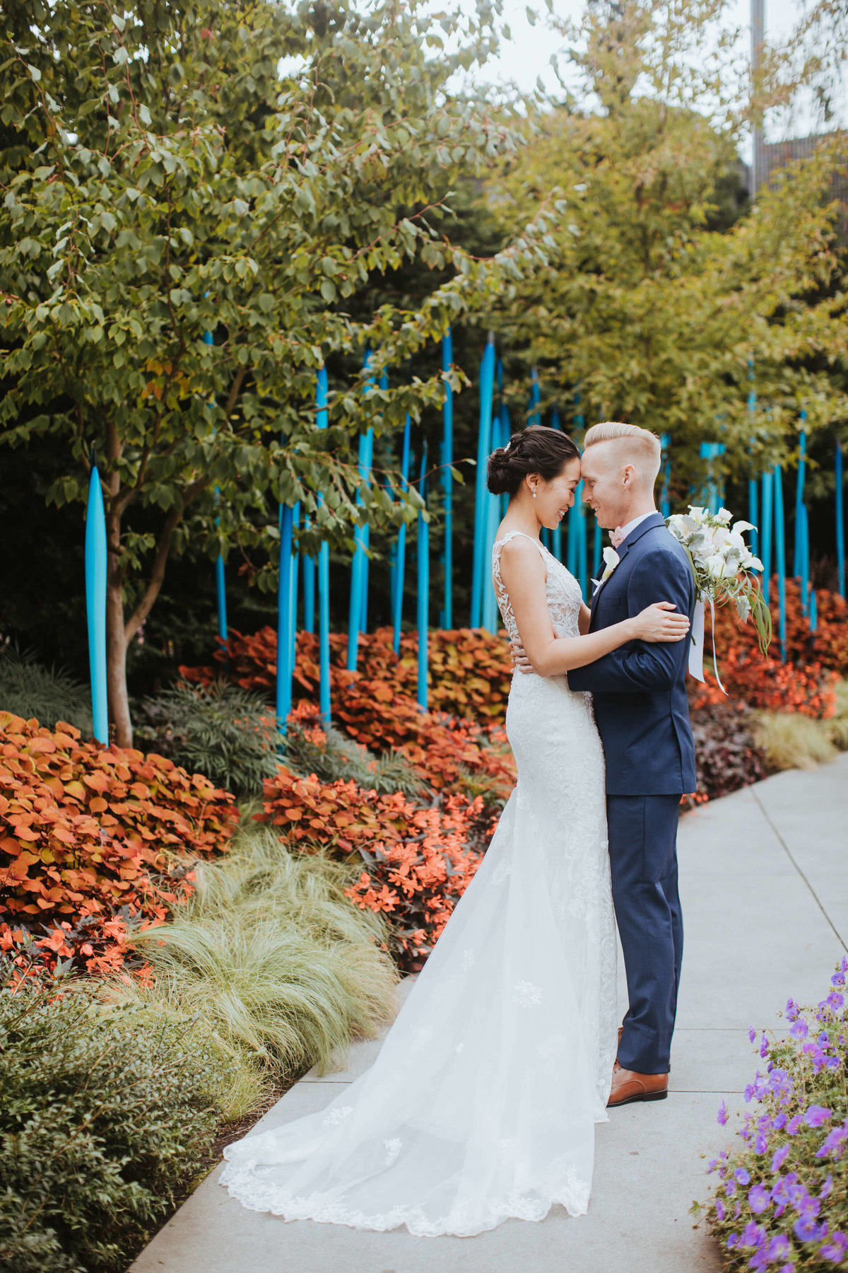 Chihully-garden-and-glass-wedding-seattle-wedding-photographer-adina-preston-photography-2372