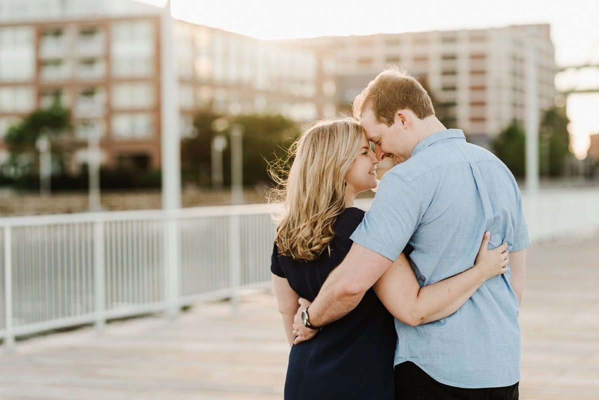 boston-wedding-photographer-charlestown-navy-yard-engagement-photo_0011