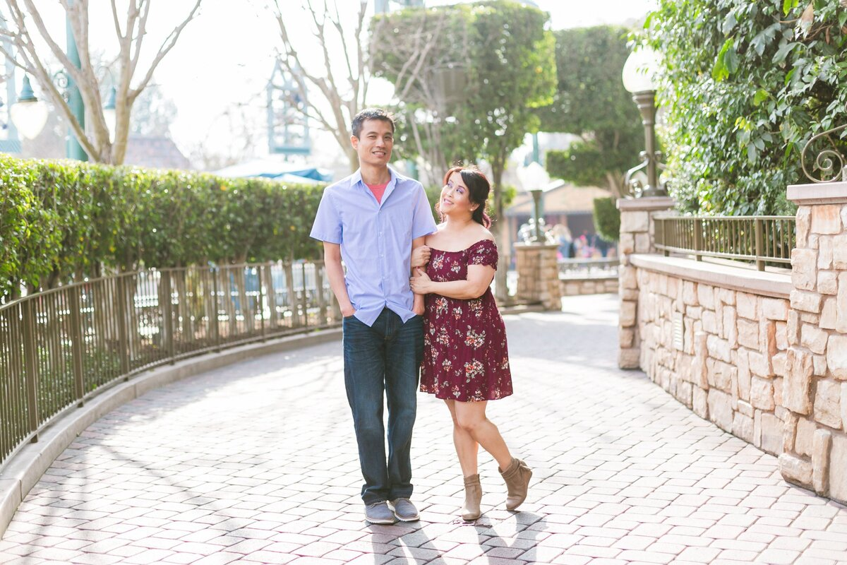 Disneyland-Engagement-Session-0008