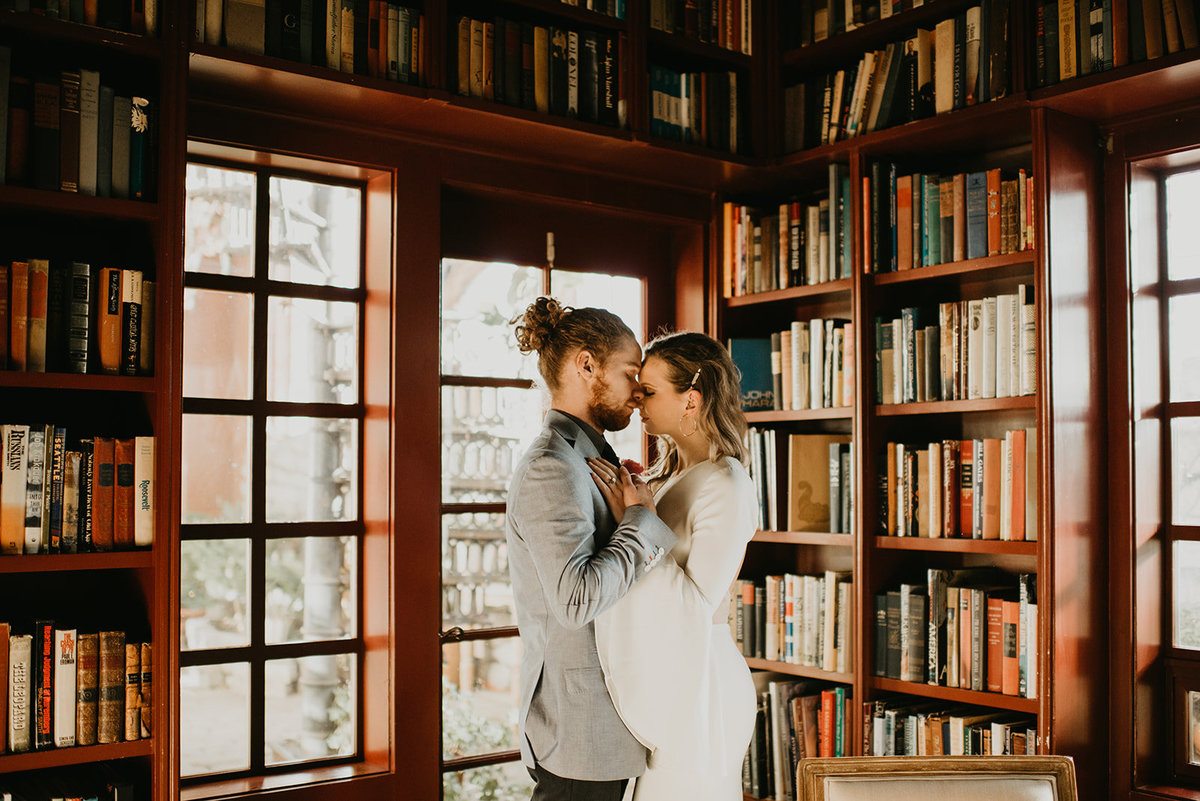 Britty + Beau - Elopement - The Ruins_ Seattle_ WA - Kamra Fuller Photography - Runaway With Me Elopement Collective-168