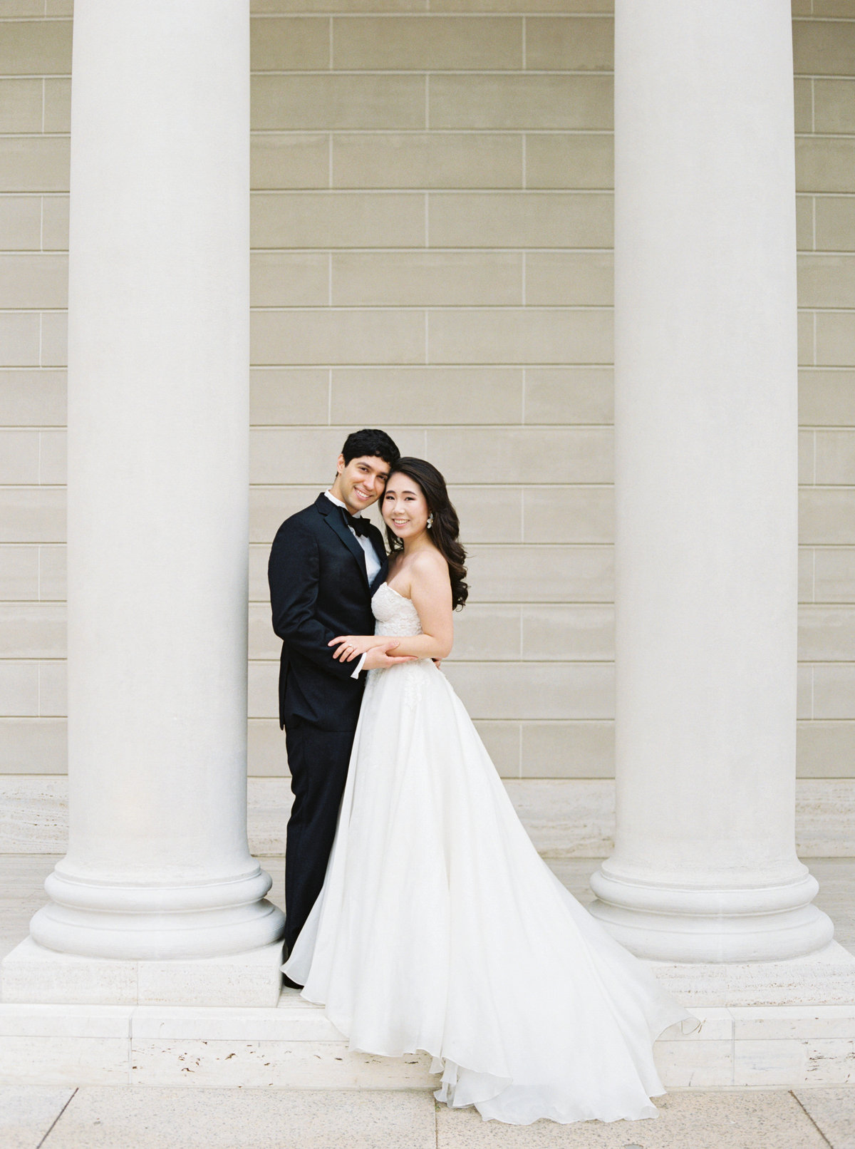 Diana + Pablo San Francisco California Legion of Honor Museum Wedding Session | Cassie Valente Photography 0049
