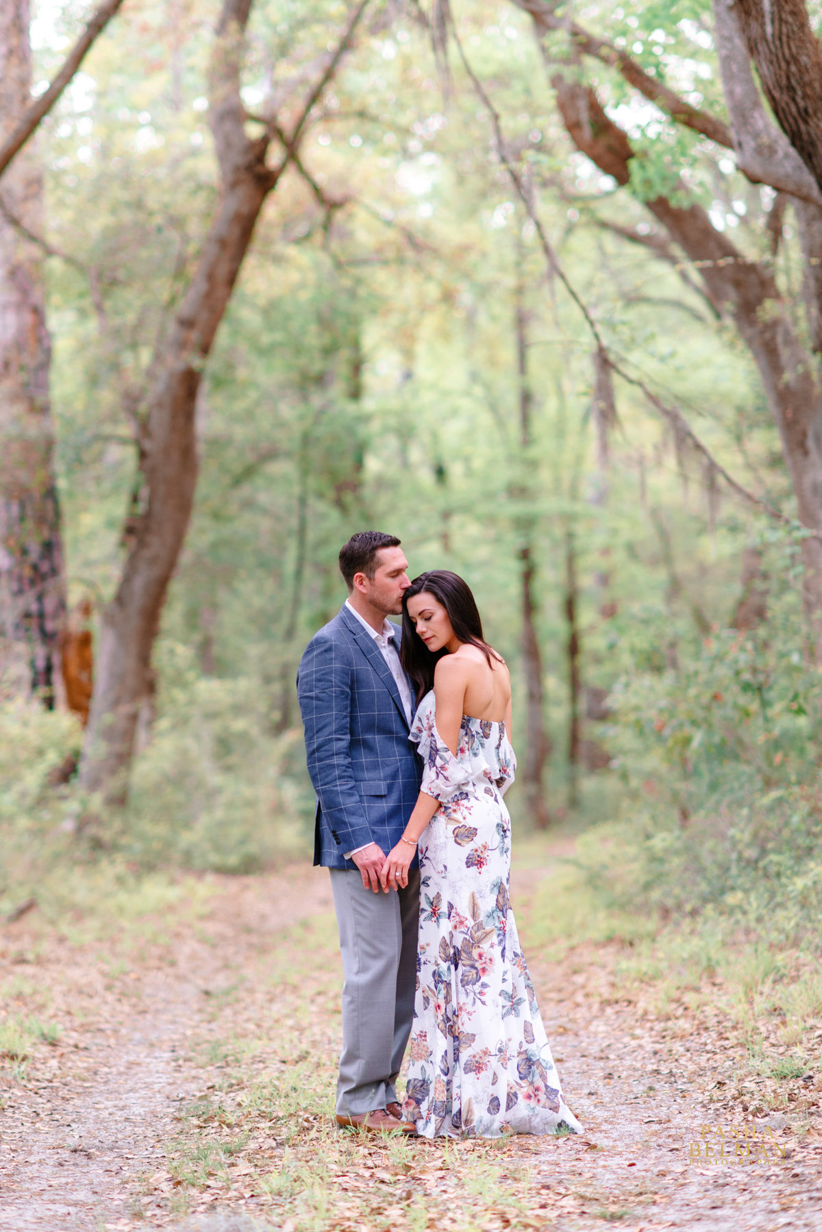 Charleston Engagement Photography | Engagement Pictures in Charleston | Engagement Portraits by Pasha Belman Photographer-23