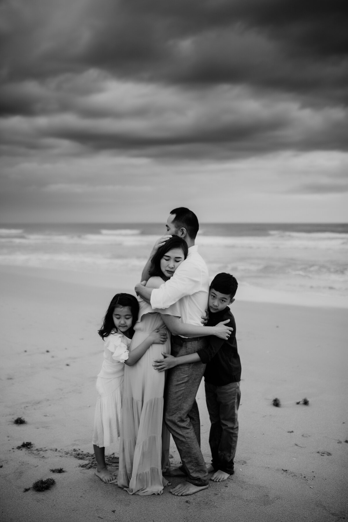 twyla_jones_photography_-_jung_family_-_florida_family_sunset_beach_session-189