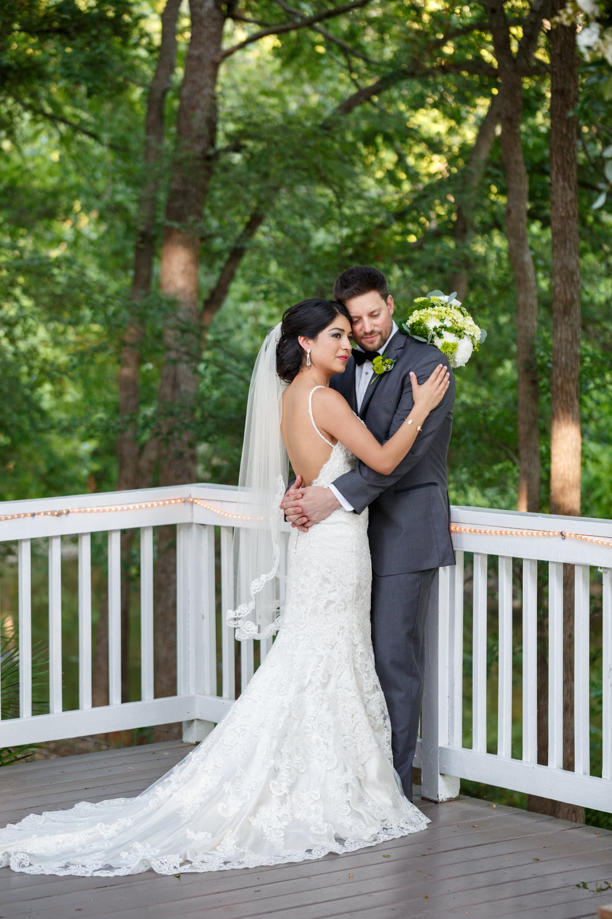 Austin wedding photographer casa blanca on brushy creek bride groom full length