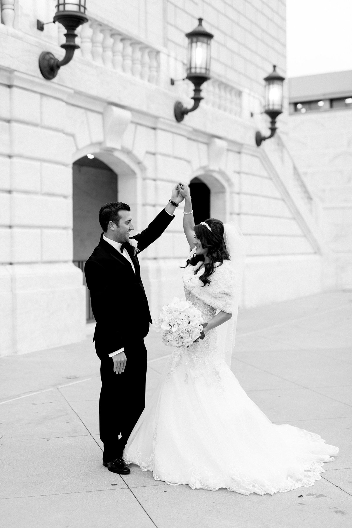 Katelyn-Matt-Downtown-Detroit-Cathedral-Most-Blessed-Sacrament-Wedding-Breanne-Rochelle-Photography88