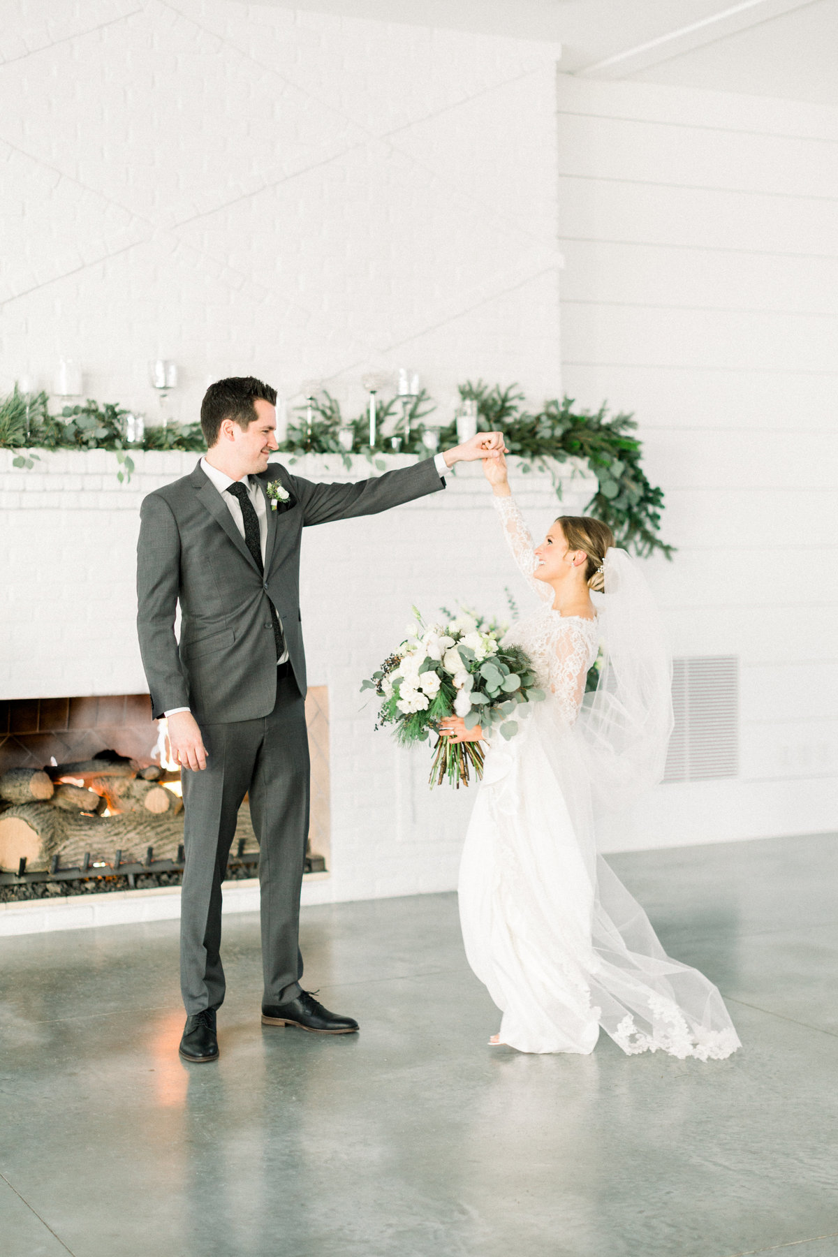 Trish Allison Photography, Minneapolis Wedding Photographer, Minnesota Wedding Photographer, Light and Airy Photographer, Minnesota Bride 1